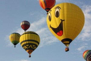 Happiness-hot-air-balloon-590x393